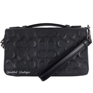 COACH Signature Leather Large Travel Wallet Clutch